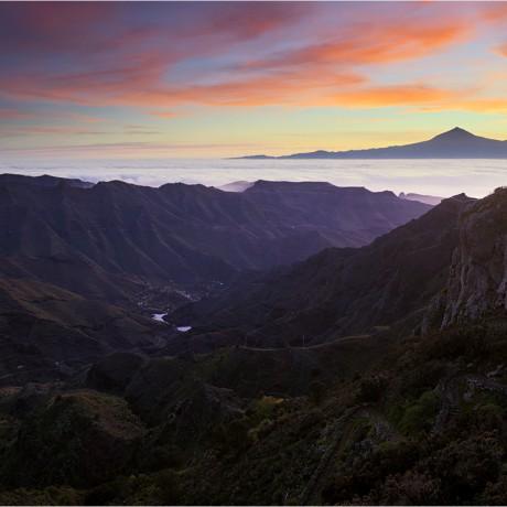 Sunrise above barranco de La Laja, La Gomera, 04-2014.