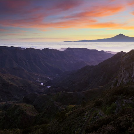Sunrise above barranco de La Laja, La Gomera, 04-2014.